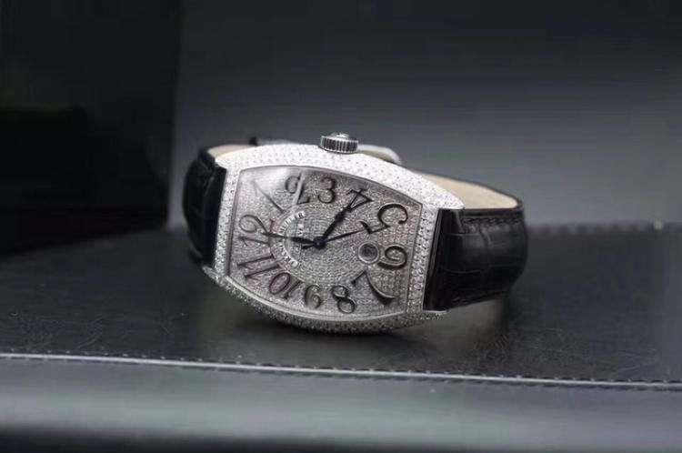 法兰克穆勒手表换电池多少钱